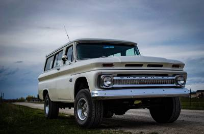 Legacy Classic Trucks Inventory - 1966 Chevy Suburban Custom - Image 7