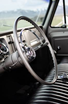 Legacy Classic Trucks Inventory - 1966 Chevy Suburban Custom - Image 3