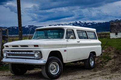 Legacy Classic Trucks Inventory - 1966 Chevy Suburban Custom - Image 10