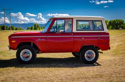 Legacy Classic Trucks Inventory - 1974 Ford Bronco - Original - Image 3
