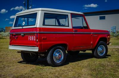 Legacy Classic Trucks Inventory - 1974 Ford Bronco - Original - Image 6