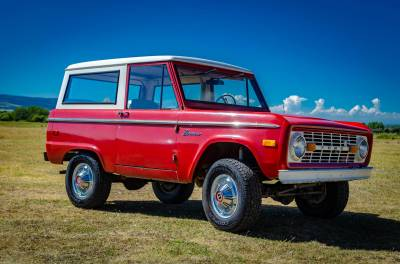 Legacy Classic Trucks Inventory - 1974 Ford Bronco - Original - Image 7