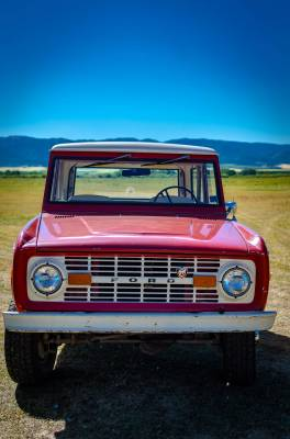 Legacy Classic Trucks Inventory - 1974 Ford Bronco - Original - Image 9