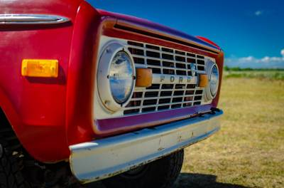 Legacy Classic Trucks Inventory - 1974 Ford Bronco - Original - Image 14