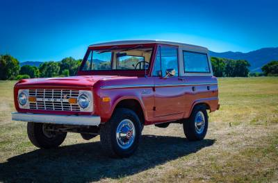 Legacy Classic Trucks Inventory - 1974 Ford Bronco - Original - Image 98